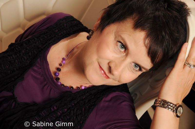 Douglas Fotoshooting  Part 3  Sabine Gimm