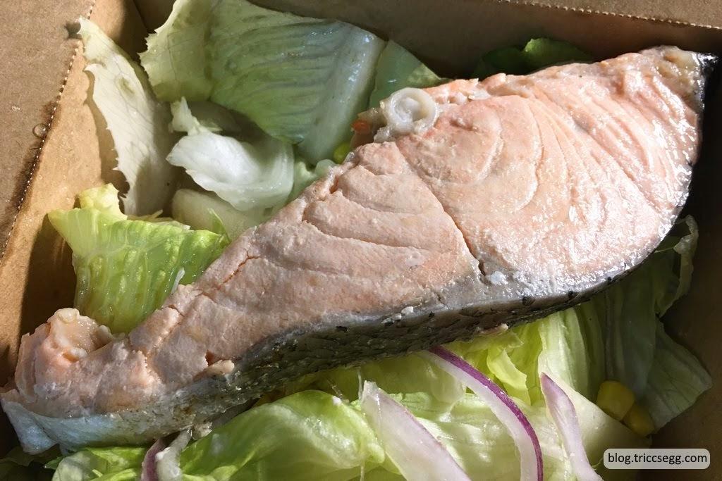 鮭魚沙拉(1).jpg