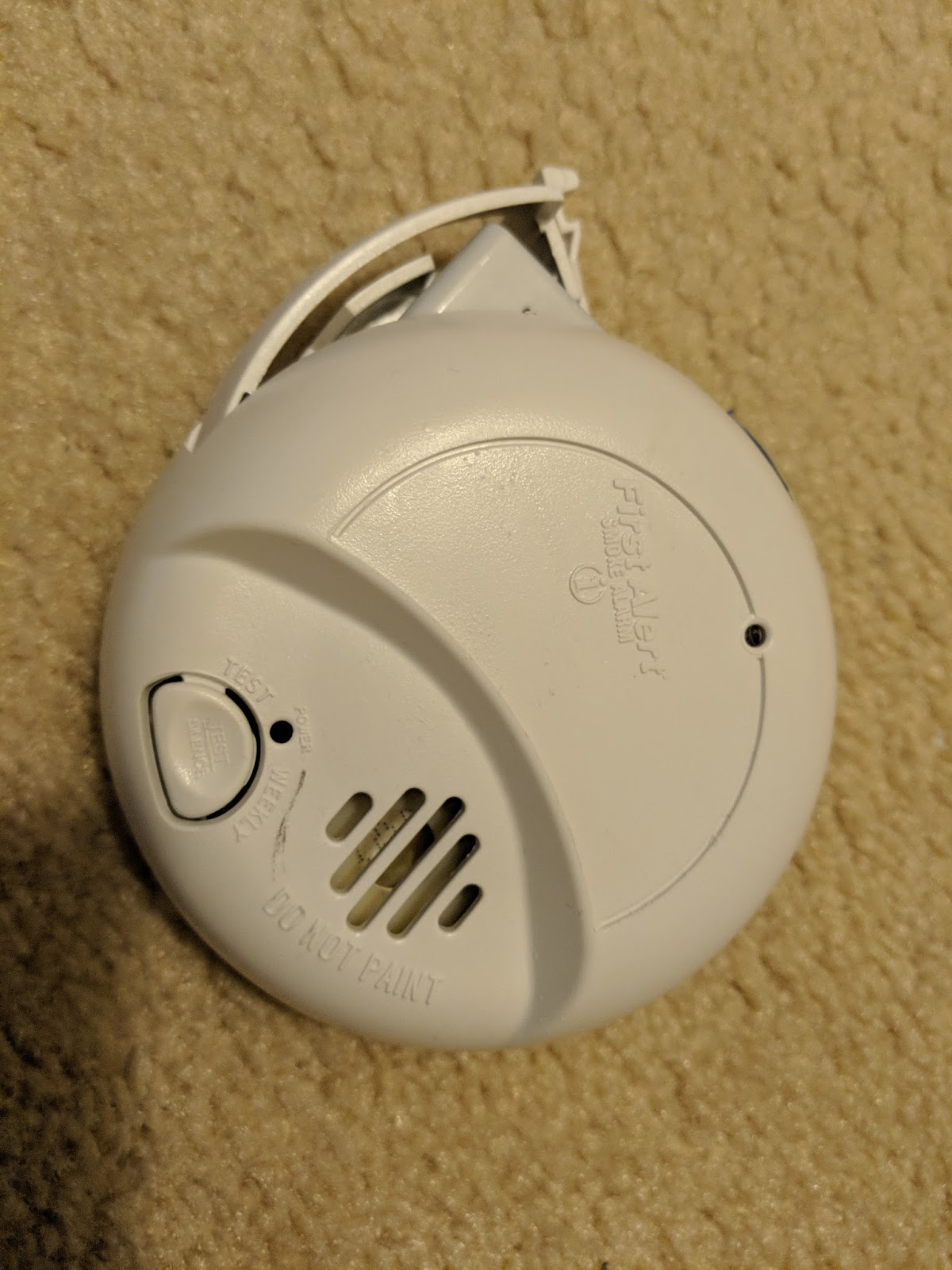 Weekend Diyer Replace Smoke Alarm Battery