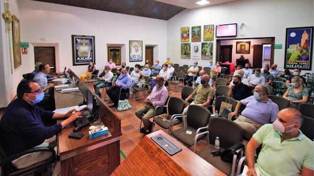 La Agrupación de Cofradías de Málaga aprueba los actos conmemorativos del Centenario