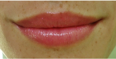 Lip Ice Sheer Color - By Mentholatum