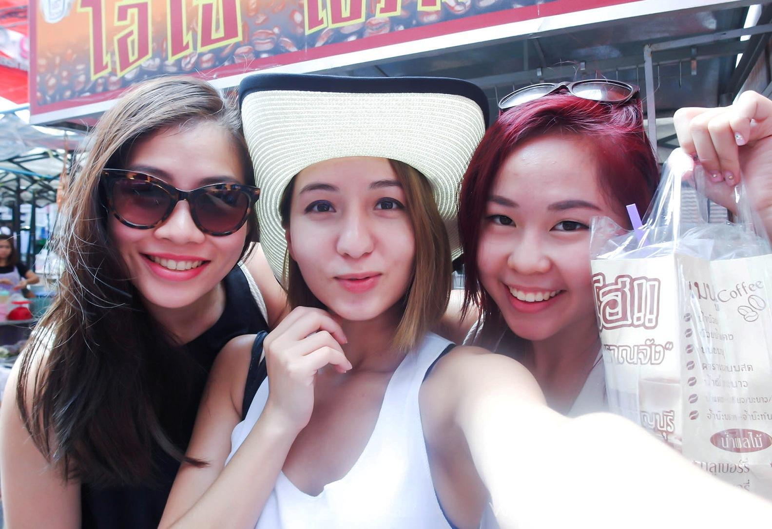 Đi Thái Lan nên đi tour hay tự túc
