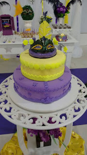 bolo falso para festa de 15 anos