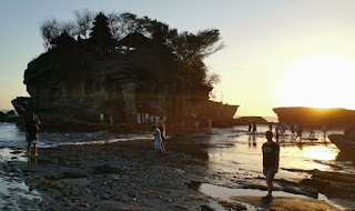 Templo Tanah Lot. Isla de Bali, Indonesia.