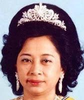 gandik diraja diamond tiara malaysia queen afzan pahang