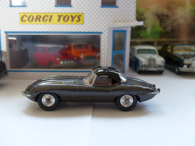 307 Jaguar E Type