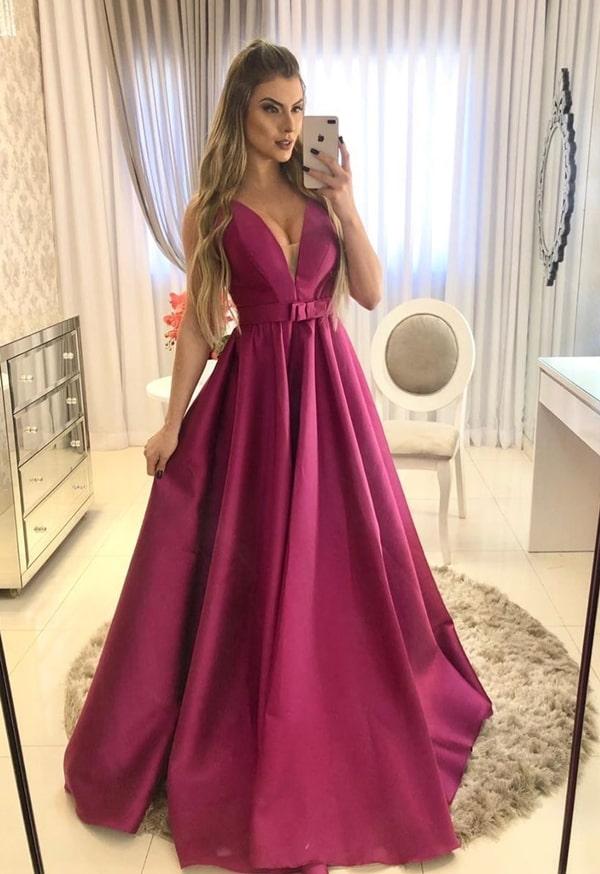 vestido longo fúcsia estilo princesa