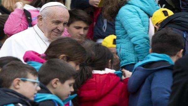Papa Francisco: Europa y EE.UU. alimentan guerras en el mundo