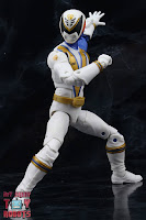 Power Rangers Lightning Collection SPD Omega Ranger & Uniforce Cycle 15
