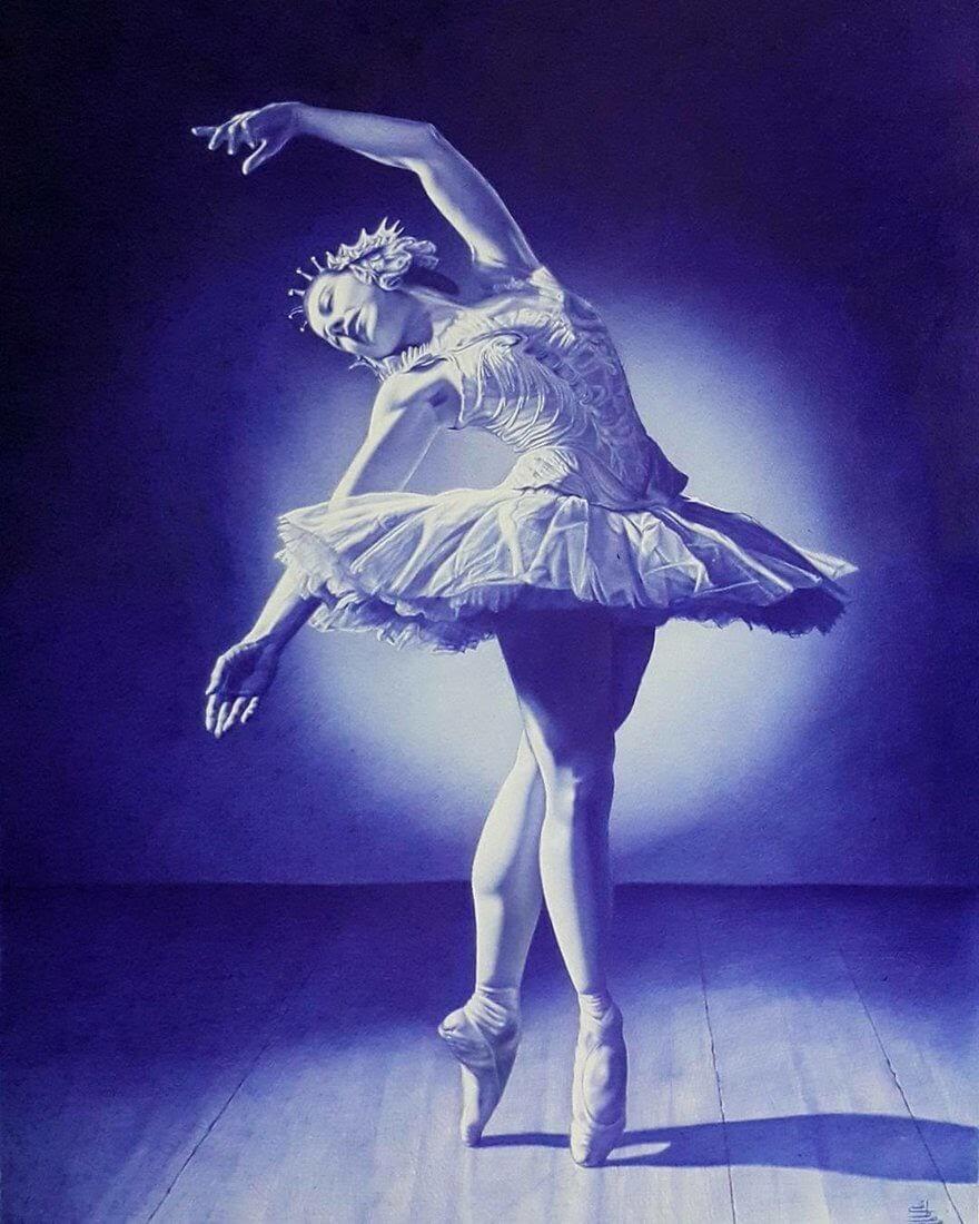 06-Ballerina-Mostafa-Khodeir-Celebrities-and-Non-Ballpoint-Pen-Portraits-www-designstack-co