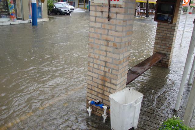 Dia de chuva em Balneário Camboriú