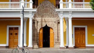 Entrance to Terminal de Buses Granada