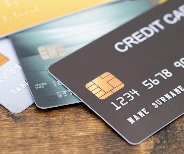 Empresas como: Bmg, Pan, Super digita e Santander oferecem cartão de crédito para negativados, sem consulta ao SPC ou Serasa.