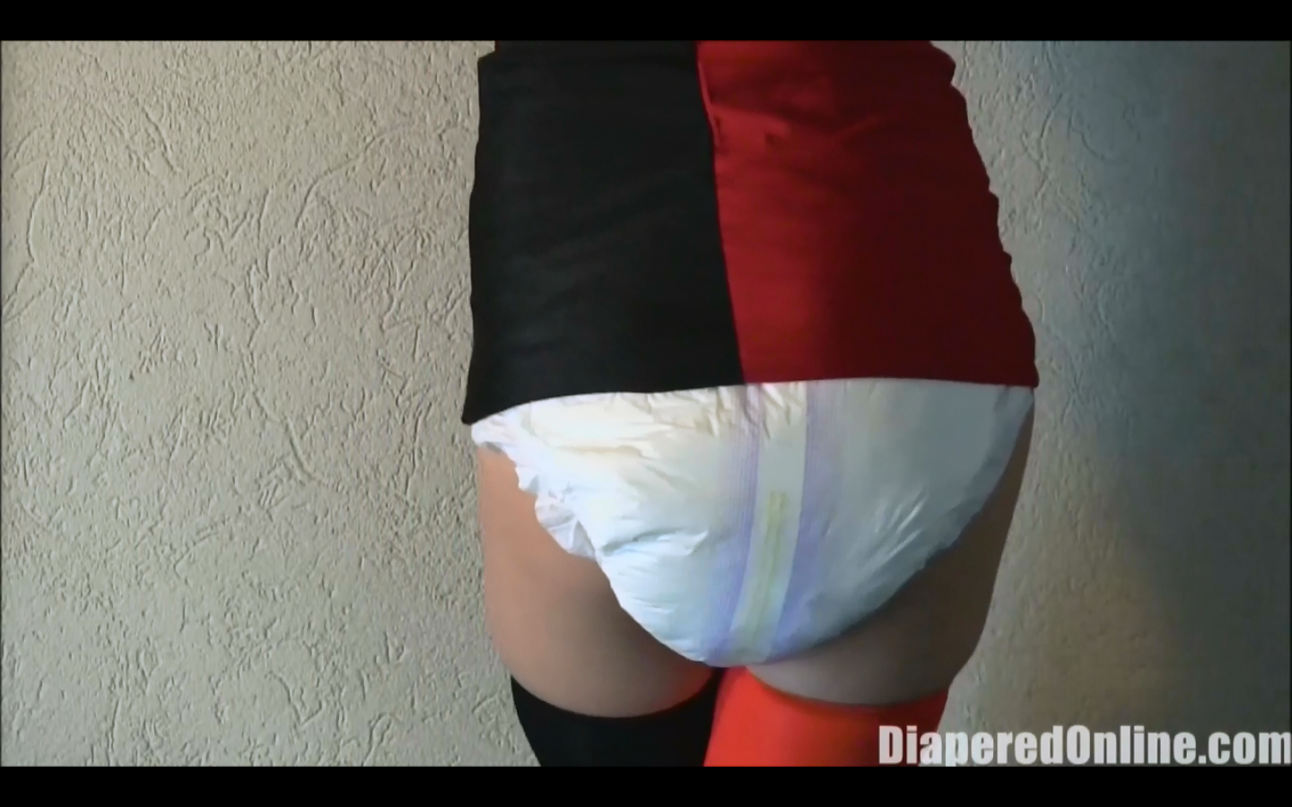 Teen Diaper Girl Messing