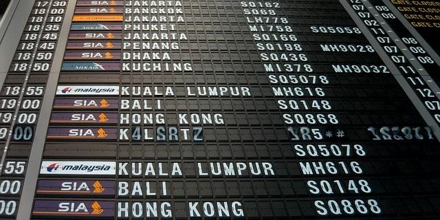 como viajar avião