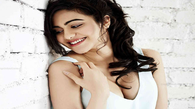 Adah Sharma Pics HD Hot Commando 2 Movie - celebephotos