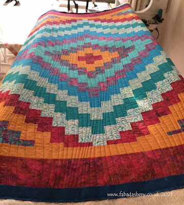 Trip Around the World Quilt, made by Camilla, quilted at Fabadashery Longarm Quilting