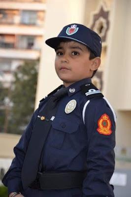 """مديرية الأمن """" تتفاعل مع أحلام طفل صغير – صور"""