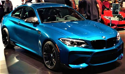 Mobil BMW M2 Coupe