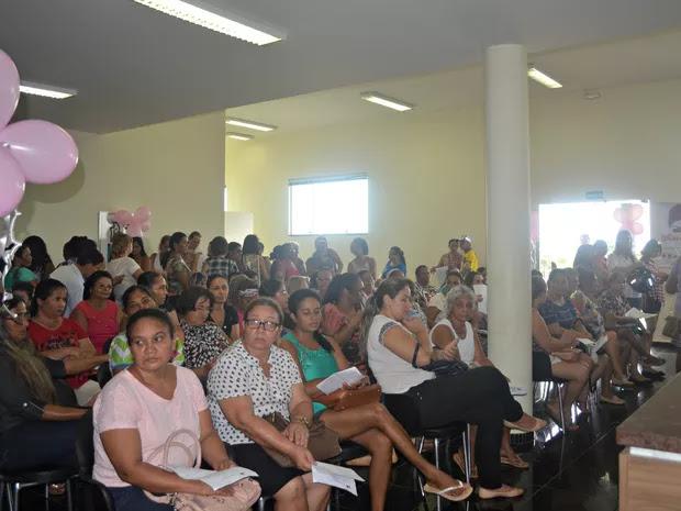 Cerca de 400 mulheres recebem exames de prevenção ao câncer
