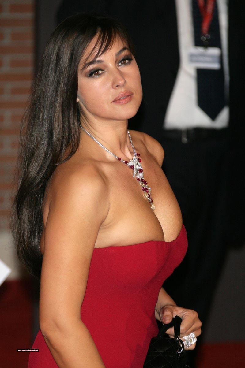 Pretty little pussy sexy bri