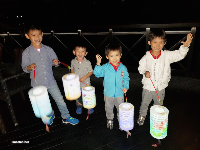 The kids with their lanterns. Good times
