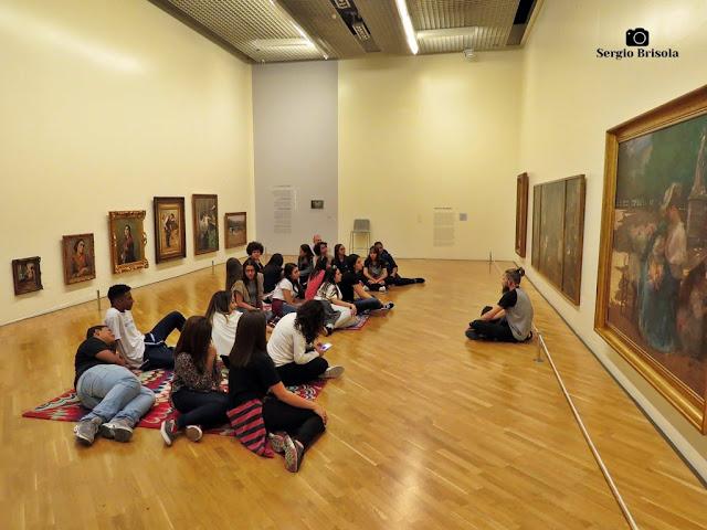 Flagrante de uma Visita guiada na Pinacoteca de São Paulo - Luz