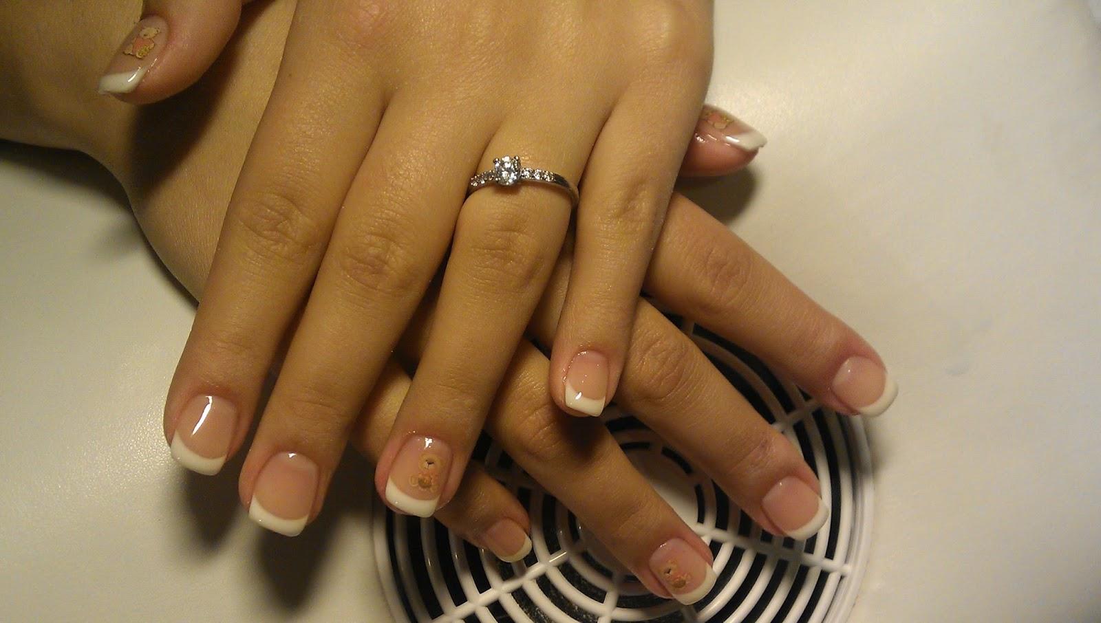 Nails Helenne Style Manichiura Frantuzeasca