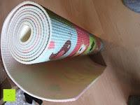 """zusammenrollen: Yogamatte """"Yoganidra"""" Die ideale Yoga- und Gymnastikmatte für Yoga-Einsteiger. Maße: 183 x 61 x 0,4cm"""