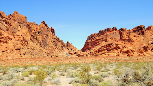 Valley of Fire State Park in Nevada | Wander on the Weekend