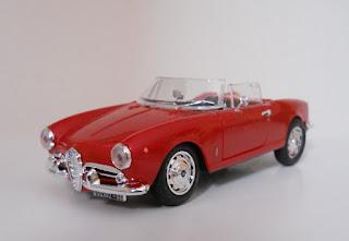 Alfa Romeo Giulietta Spider scale model