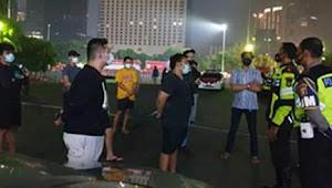 Operasi PSBB, 8 Mobil pembalap liar diamankan     DitlantasPolda Metro Jaya