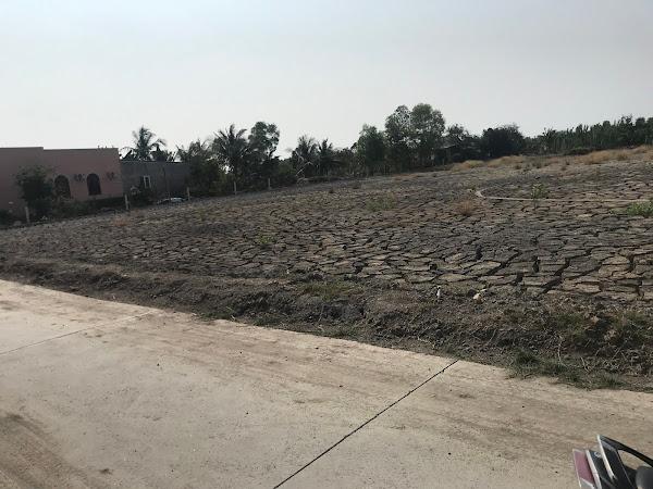 Bán 1000m2 đất nuôi trồng thủy sản, đường xe oto tới đất, xã Bình Khánh