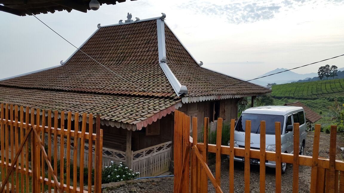 Model Teras Rumah Joglo Sederhana  ndalem jawi antique dijual rumah limasan full gebyok kayu