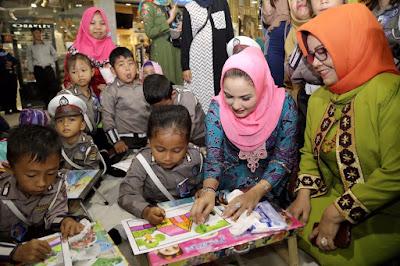 Ketua Dewan Kesenian Lampung Buka Lomba Mewarnai Anak 2018