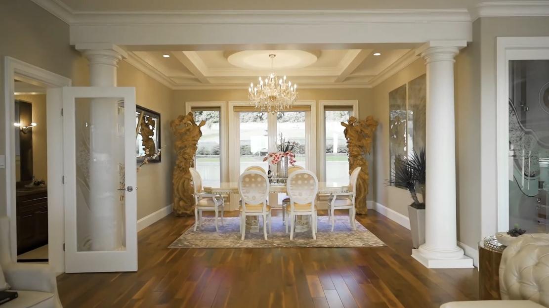 55 Interior Design Photos vs. 735 Eyremount Dr, West Vancouver, BC Luxury Mansion Tour