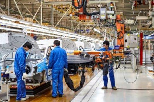 Necesidad apremiante de promover el trabajo decente y sostenible en la industria automotriz