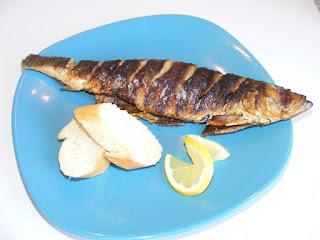 preparate din peste, retete de peste, retete de mancare, gratar, grill, scrumbie, sardina,