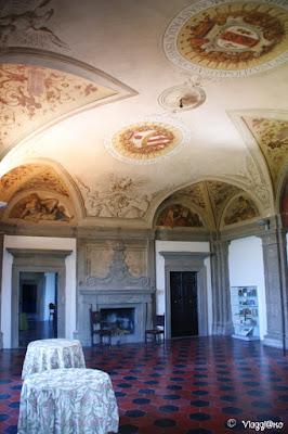 La sala affrescata di Palazzo Orsini