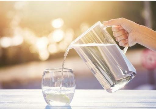 Minum Air Hangat Saat Sahur Dan Berbuka Puasa Lebih Nyaman Dan Lebih Sehat Kanal Informasi Dan Inspirasi Pendidikan Terkini
