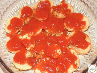 Cartofi cu sos de rosii reteta,