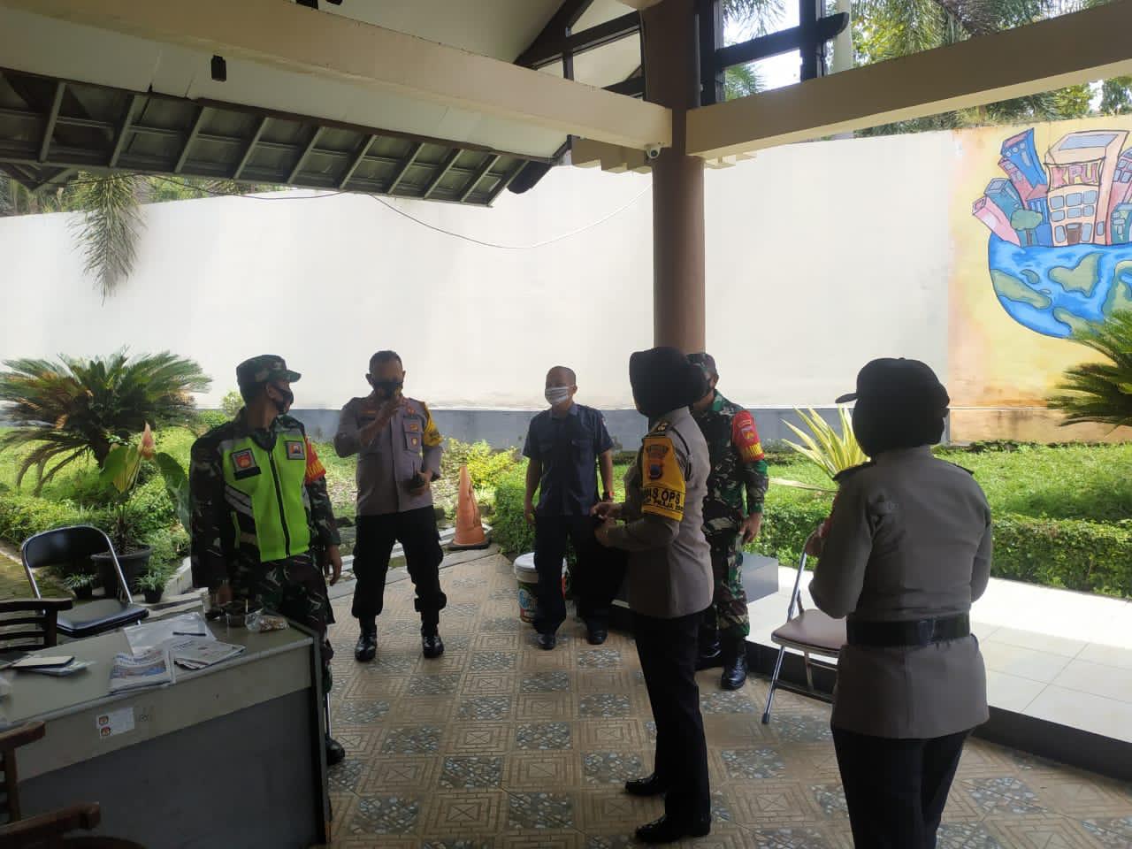 Polres Purbalingga Tambah Personel Pengamanan di Kantor KPU