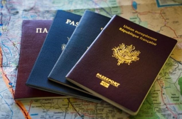 Over 48,000 Albanians received Greek and Italian citizenship last year according Eurostat