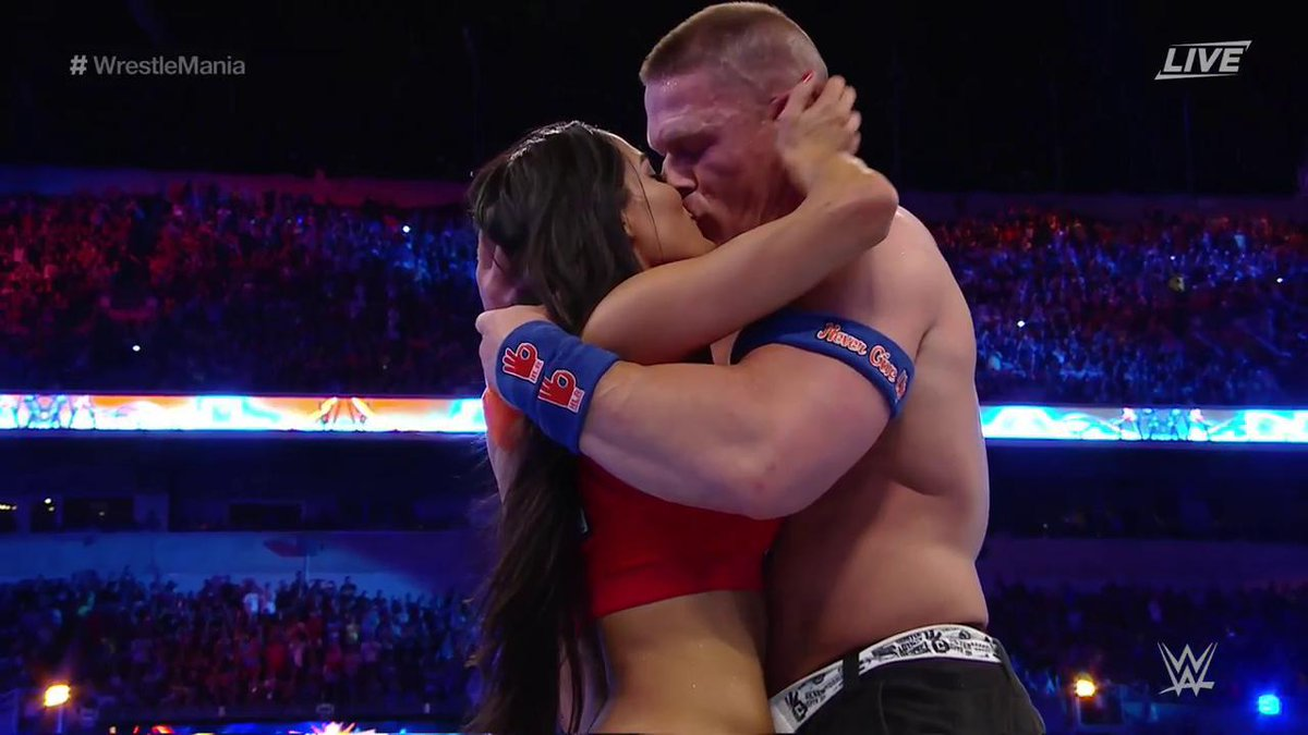 John cena Kissing Nikki Bella