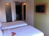 MaxOne Hotel Malang - Happiness Room - Salika Travel