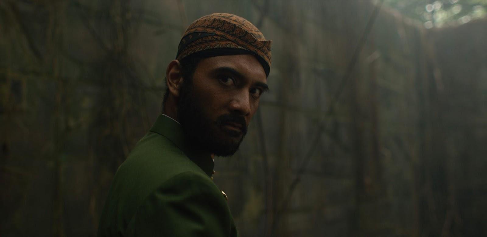 Ario Bayu is Ki Saptadi in Impetigore | Horror Film Review