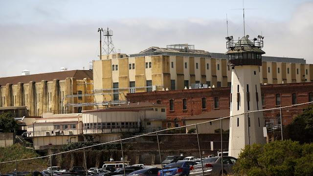 Casi medio millón de presos corren un alto riesgo de contraer coronavirus en EE.UU.