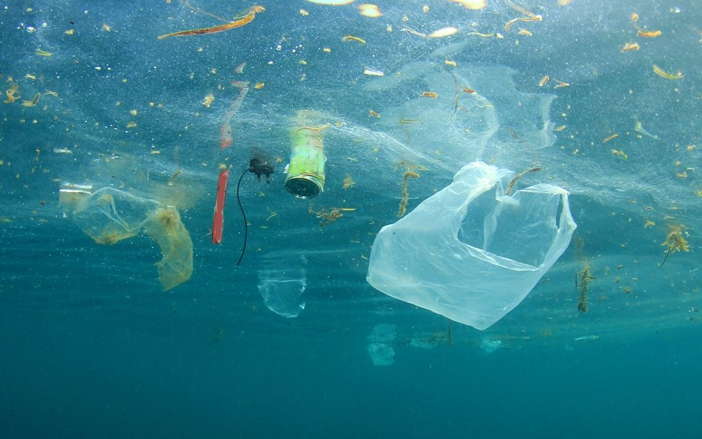 Sampah pelastik di Lautan limbah plastik