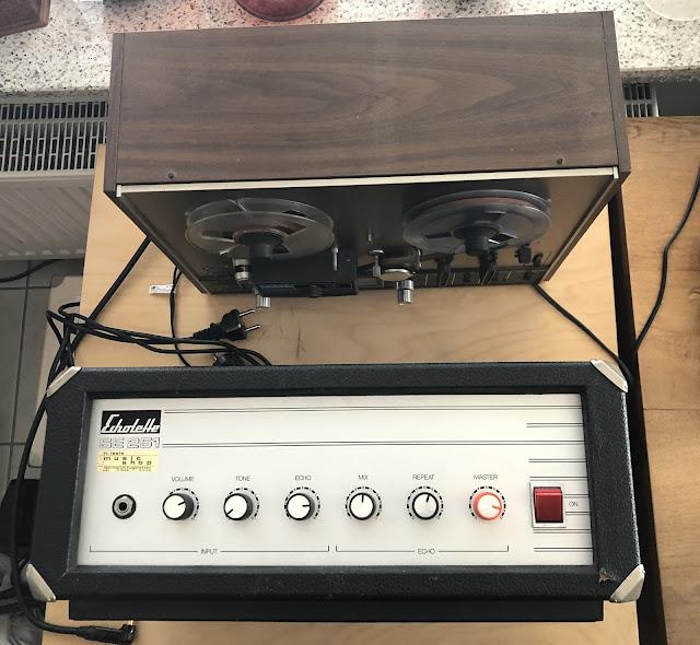 Größenvergleich Tonbandgerät und Echolette
