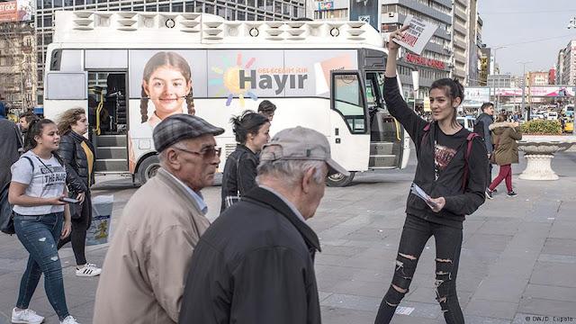 Το ποσοστό της αποχής θα κρίνει το τουρκικό δημοψήφισμα